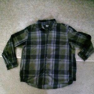Magellan Outdoors shirt